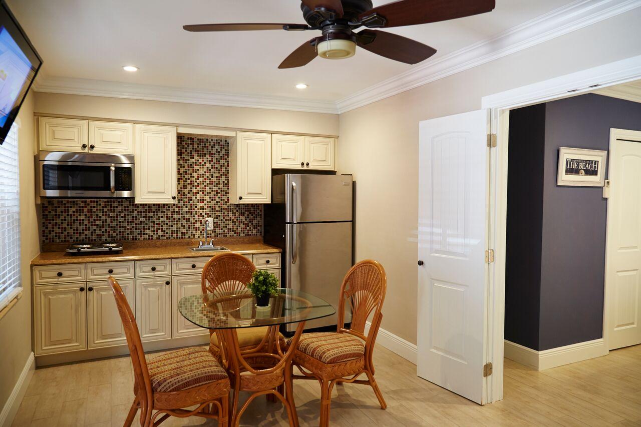 caribbean cottages kitchen 2